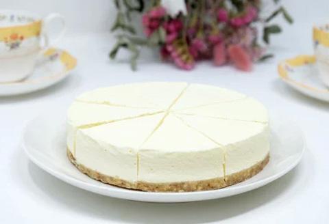【低糖質】手作りレアチーズケーキ